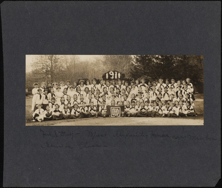 Class of 1911 on Field Day, 1911
