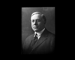 Reverend Fred Alban Weil, 14th minister First Parish Church, 1920-1929