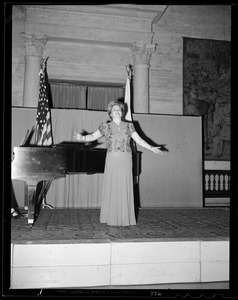 Woman singing at the Sunday concert at the Museum of Fine Arts