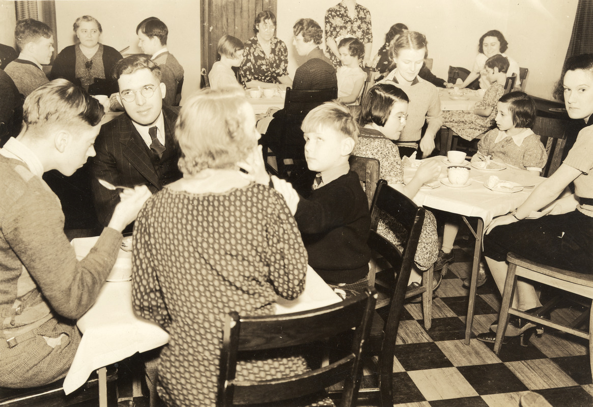 Busy Dining Room at Perkins