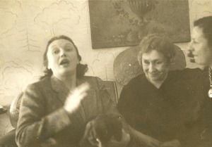 Helen Keller and Polly Thomson with Katherine Cornell