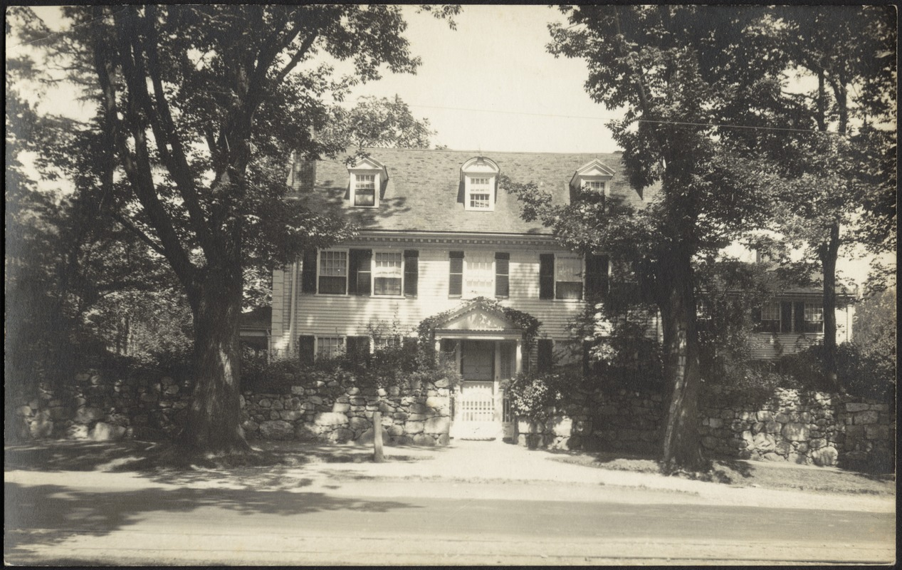 Ashdale Farm. Photo Postcard of front of Main House