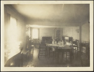 Ashdale Farm. Dining Room