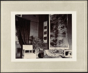 First house in China — Interior — Sitting room.