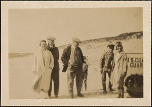 Mary Parsons, Father, Mr. Parsons, Capt. Kidd, Henry Daniels, Marjorie, + the tractor