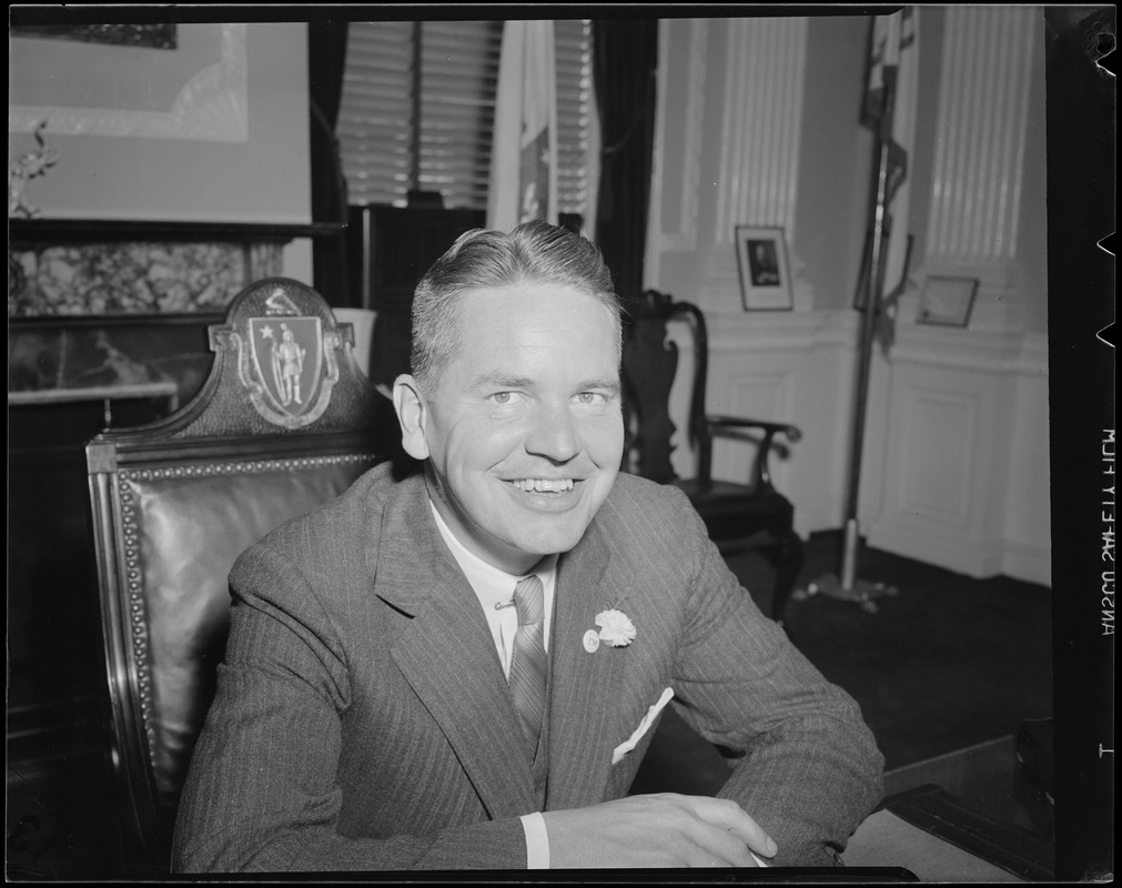 Close up of Governor Bradford at desk in State House