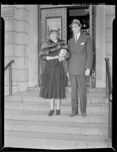 Eleanor Roosevelt and son in Boston