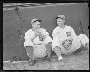 Bees manager Casey Stengel with one of his players