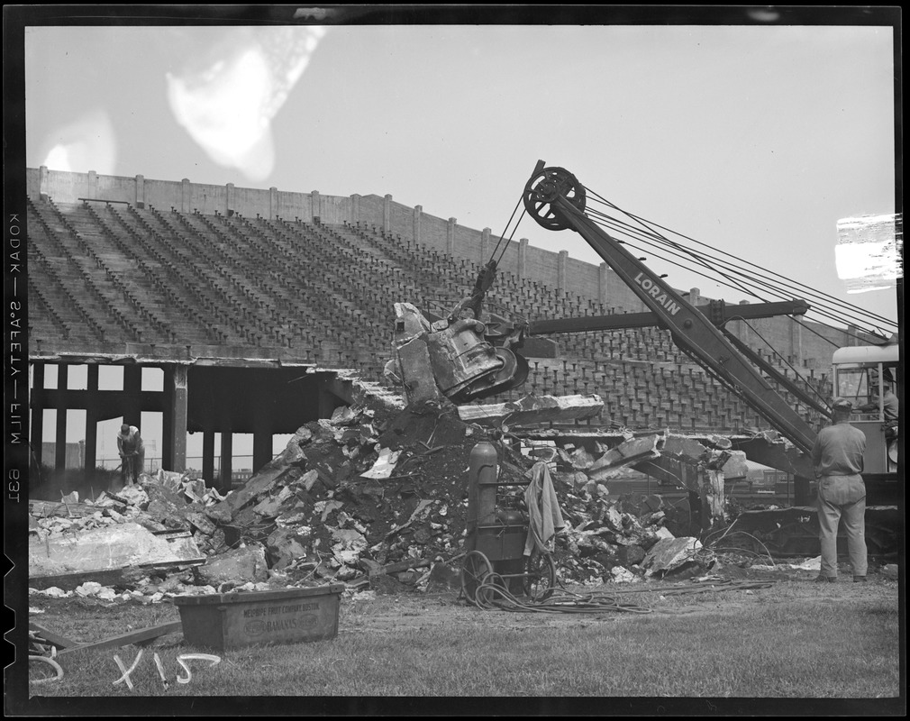 Tearing down Braves Field for B.U. field