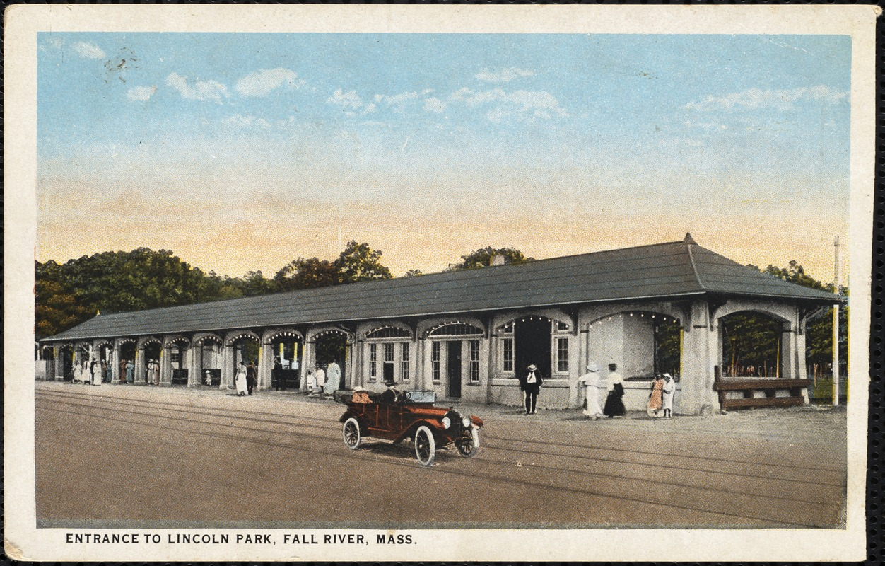 Entrance to Lincoln Park, Fall River, Mass.