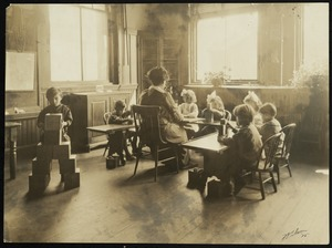 Bridgewater State Normal School Training School Kindergarten class, 1915