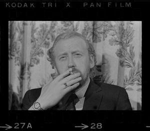 British actor Nicol Williamson makes an apology for walking off stage during performance of Hamlet at a press conference