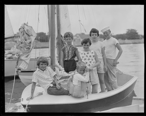 Kids in sailboat