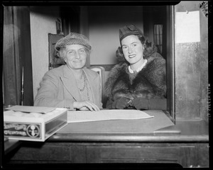 Hazel Wightman with other woman, at Longwood