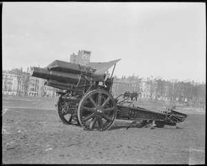 Howitzer on Boston Common captured by Yankee Division at the Battle of the Marne