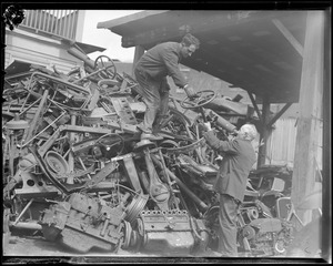 """Junk: """"Webster Ave"""", junk yards from Union Square Somerville to Middlesex Court House Cambridge is pulling with Uncle Sam to deliver scrap (war production)"""