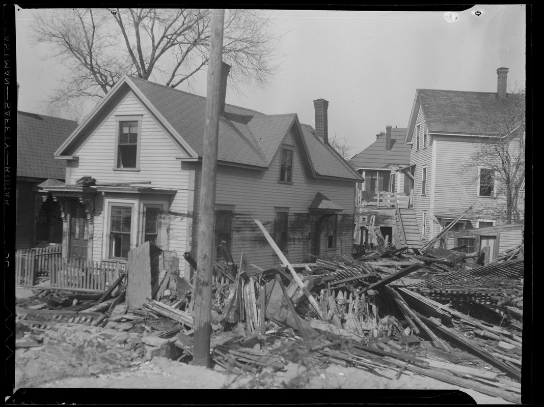 Houses damaged in New England flood