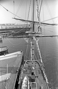 Volunteer mariners maintain sailing ship HMS Beaver, East Boston