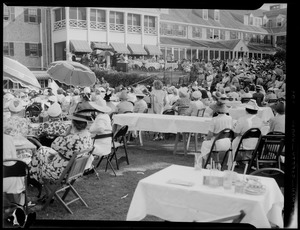 Charlotte Cushman Club, Boston, fashion show at Oyster Harbors