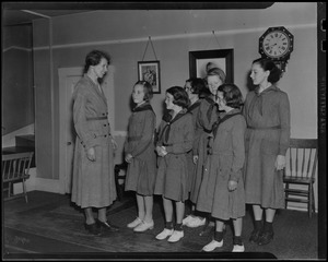 Chatham Girl Scouts, Shirley Long, Constance Jones, Peggy and Marjorie Nickerson, Mabel Nickerson, Pauline MacFate, Guy Russell