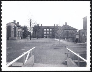 Alumni Court and Thompson Hall