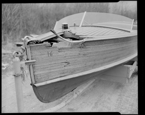 Steve Amos. Damage - boat, very large