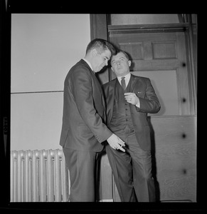 Assistant district attorney, Donald L. Conn, and criminal defense attorney, F. Lee Bailey in discussion