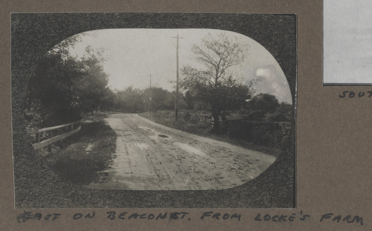 Waban photographs - East on Beacon Street from Locke's Farm -