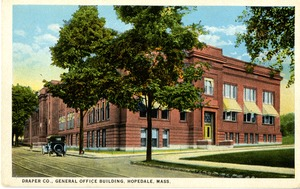 Postcard of Draper Company General Office building in Hopedale, Massachusetts