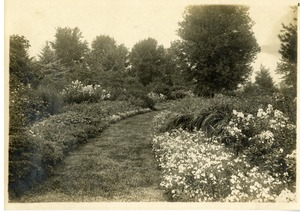 Gardens at John E. Thayer Estate