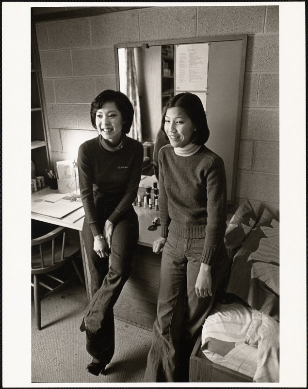 Vivian Yih (left) and her roommate