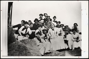 Class of 1912's fall excursion to Marblehead