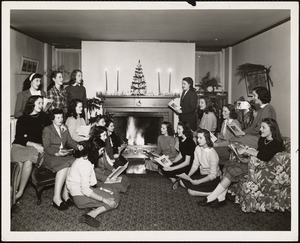 LaChaumiere students enjoy a Christmas sing in 1946