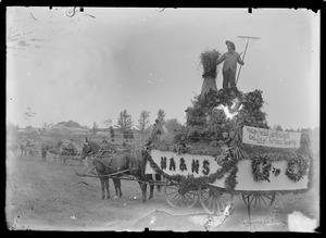 Hingham Agricultural and Horticultural Society float