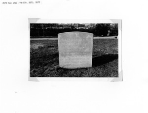 Thomas Mayhew Monument