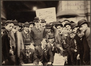 The Boston Royal Rooters return from Pittsburgh, 1903 World Series