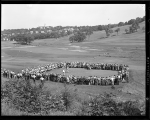Crowd around green during match between Babe Ruth and Ty Cobb, Brae Burn