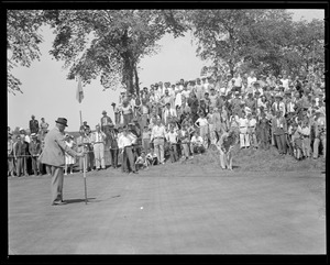Ty Cobb putting at Brae Burn during match with Babe Ruth