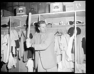 Del Crandall in Braves clubhouse