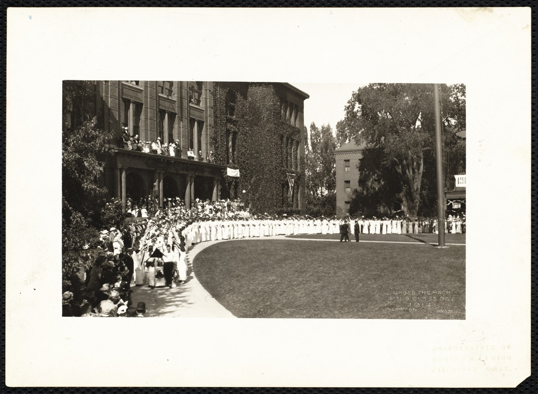 """""""Under the arch"""" F.N.S. Class Day 1914"""