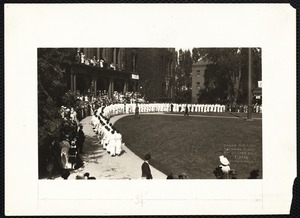 """""""Under the arch"""" (juniors form) F.N.S. Class Day 1914"""