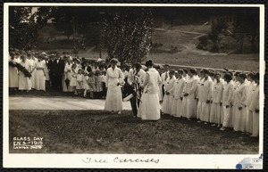 Class Day F.N.S. - 1915. tree excercises