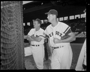 Sox: Ted Williams & manager Higgins