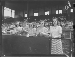 Ladies in the stands, Braves Field