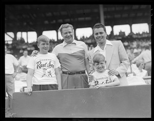 Young fans with Frankie Fontaine at Fenway Park
