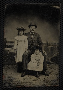 Charles Jabin Corwin with daughters Lillian and baby Clyda