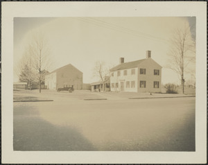 Old Roaf House, three roads, just before being razed, March 1935, Newburyport, Mass.