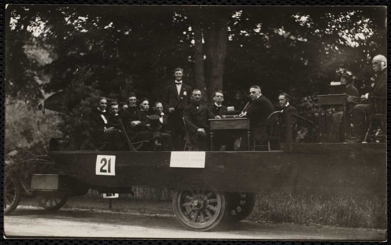 1922 4th of July Parade: court house float