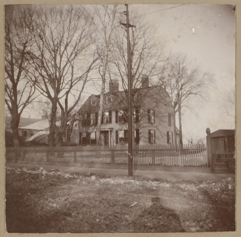Boston, Dillaway House, Roxbury St., built by Rev. Oliver Peabody who died in 1752. The headquarters of Gen. John Thomas at the time of the siege of Boston.