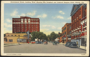 Government Street, looking west, showing bus terminal and Admiral Semmes Hotel, Mobile, Ala.